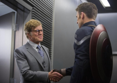 Robert Redford e Chris Evans in Captain America - The Winter Soldier (2014) di Anthony e Joe Russo
