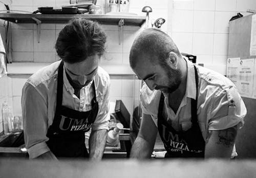 Il business di Mino e Andrea, pizzaioli (a domicilio) nel cuore di Lisbona