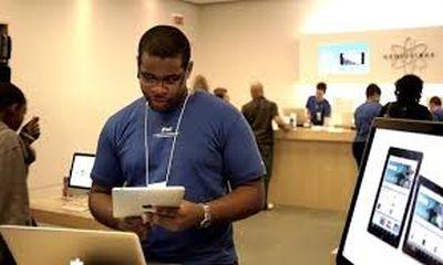 I ritmi da catena di montaggio di un Apple store